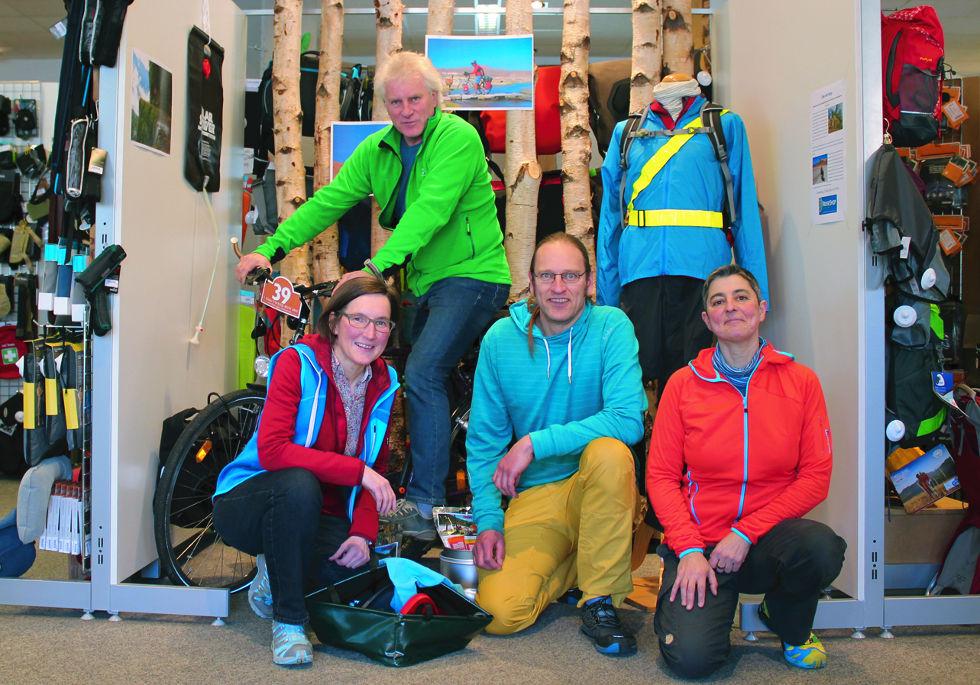 Maria, Dieter, Jan und Kerstin vom ReiseShop